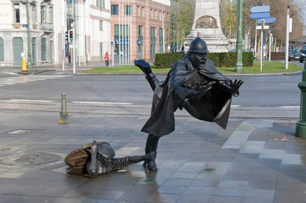 Stock Photo: 1885-26828 Belgium, Flanders, Brussels, De Vaartkapoen statue in Place Sanctelette