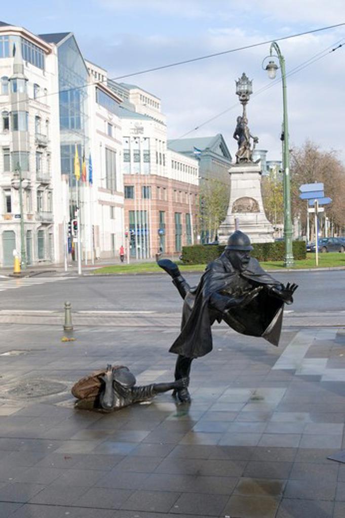 Stock Photo: 1885-26829 Belgium, Flanders, Brussels, De Vaartkapoen statue in Place Sanctelette