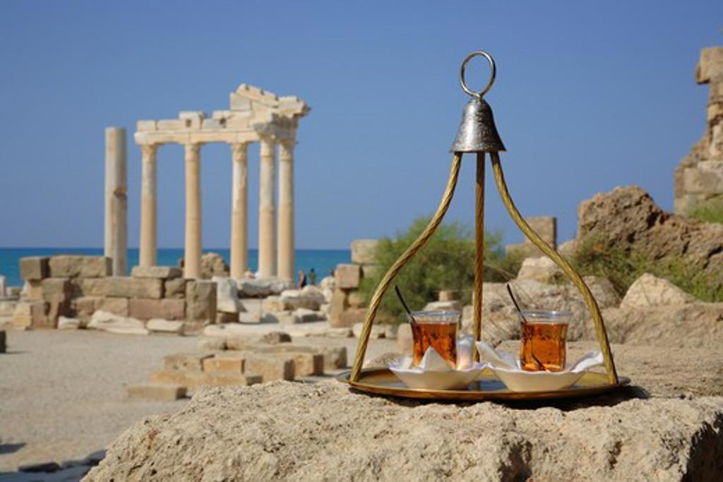 Turkey, Mediterranean, Side, Apple tea at the Temple of Apollo : Stock Photo