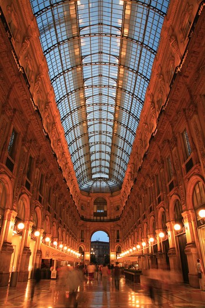 Stock Photo: 1885-27803 Italy, Lombardy, Milan, Galleria Vittorio - interior at night