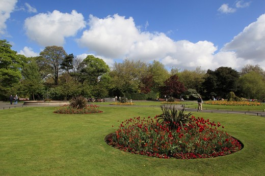 Ireland, County Dublin, Dublin, St Stephens Green in spring : Stock Photo