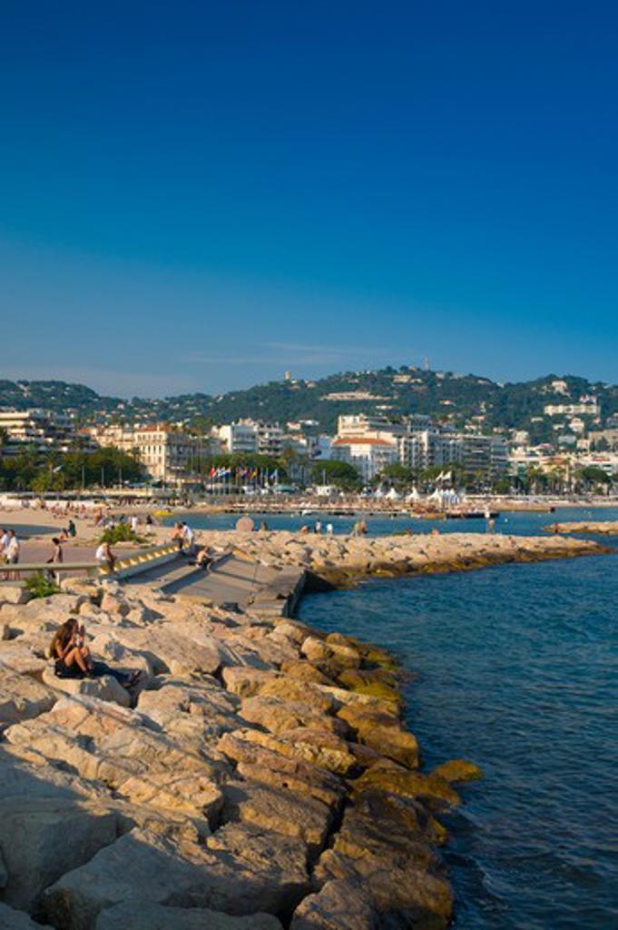 France, Cote d'Azur, Cannes, Boulevard de la Croisette and beach : Stock Photo