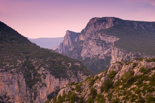 Stock Photo: 1885-28169 France, Provence, Gorges du Verdon, Rugged scenery at dusk
