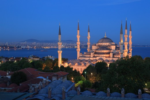Turkey, Istanbul, Blue Mosque at night : Stock Photo