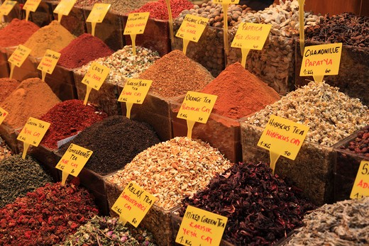 Turkey, Istanbul, Spices and teas in the Egyptian Market : Stock Photo