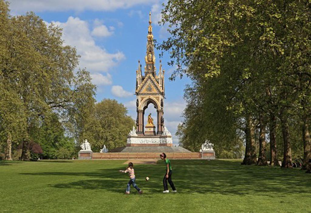 UK - England, London, Hyde Park - Albert Memorial : Stock Photo