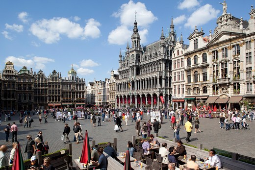 Stock Photo: 1885-29152 Belgium, Flanders, Brussels, Grand Place - Brussels City Museum and restaurant