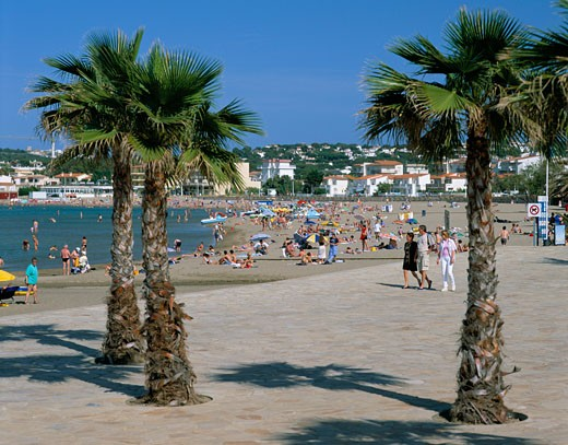 Stock Photo: 1885-4141 Spain, Costa Brava, L'escala ( Golf De Roses ), Beach Scene