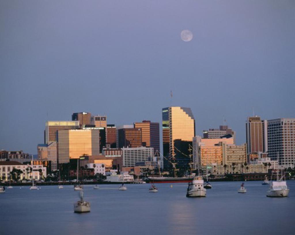 Usa, California, San Diego, San Diego Waterfront : Stock Photo