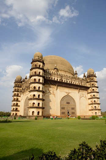 Stock Photo: 1886-49330 Gol Gumbaz ; built in 1659 ; Mausoleum of Muhammad Adil Shah ii 1627-57 ; dome is second largest one in world which is unsupported by any pillars ; Bijapur ; Karnataka ; India