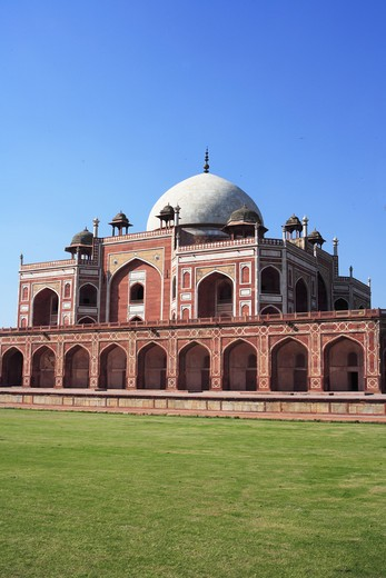 Stock Photo: 1886-50056 Humayun's tomb built in 1570 made from red sandstone and white marble first garden-tomb on Indian subcontinent persian influence in mughal architecture ; Delhi; India UNESCO World Heritage Site