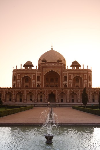 Stock Photo: 1886-50063 Sunrise at Humayun's tomb built in 1570 made from red sandstone and white marble first garden-tomb on the Indian subcontinent persian influence in mughal architecture ; Delhi ; India UNESCO World Heritage Site