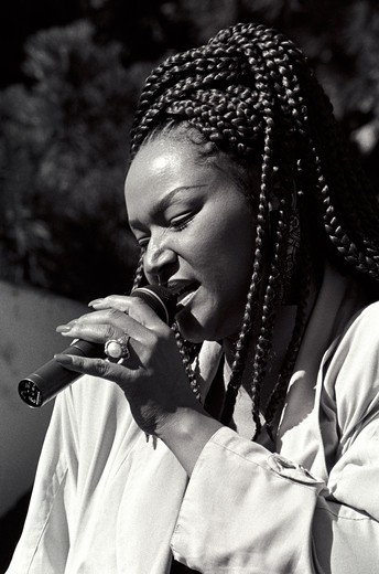 INDEYA sings at the MONTEREY BAY BLUES FESTIVAL - MONTEREY, CALIFORNIA : Stock Photo