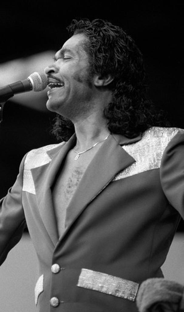 JONNY RUSH sings at the MONTEREY JAZZ FESTIVAL FESTIVAL - MONTEREY, CALIFORNIA : Stock Photo