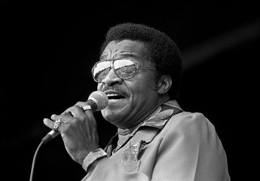LITTLE MILTON sings at the MONTEREY JAZZ FESTIVAL - MONTEREY, CALIFORNIA : Stock Photo
