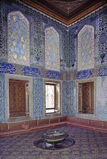 Stock Photo: 1886-55453 One of the  beautifully painted, tiled, and decorated sitting rooms of The Harem - Topkapi Palace (Ottoman Empire), Istanbul
