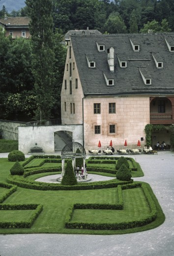 CASTLE with HEDGE GARDEN - INNSBROOK, AUSTRIA : Stock Photo