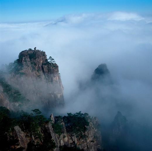 Stock Photo: 1886-60008 Scenics Of Huangshan Mountain,Anhui,China