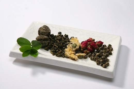 Stock Photo: 1886-60939 Chinese tea and green leaf
