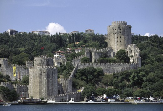 RUMELI HISARI CASTLE on the BOSPHORUS (the waterway which joins the Mediterranean & the Black Sea) - Istanbul, Turkey : Stock Photo