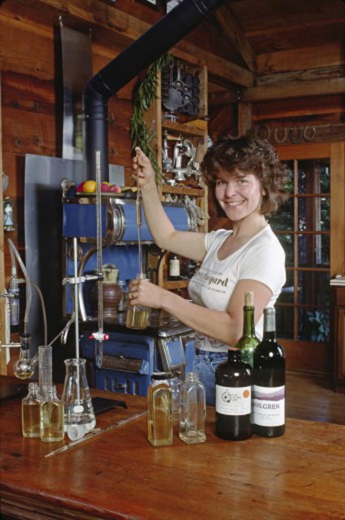 PH testing of the WINE at AHLGREN VINEYARD - SANTA CRUZ MOUNTAINS, CALIFORNIA : Stock Photo