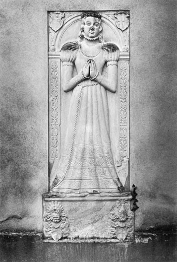 Monument of Anna von Frankenstein, Niederbeerbach Church, Hessen, Germany : Stock Photo