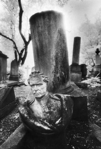 Tomb, Pere Lachaise Cemetery, Paris : Stock Photo
