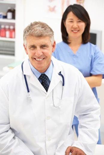 Stock Photo: 1888R-41678 Portrait of medical professionals