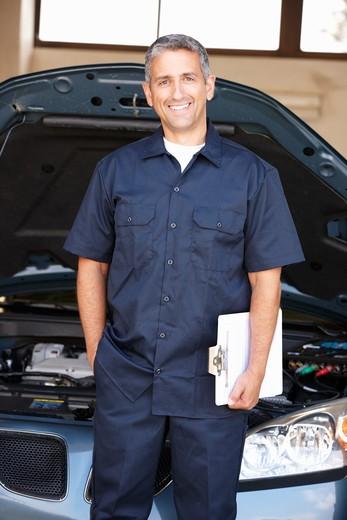 Stock Photo: 1888R-43047 Mechanic at work