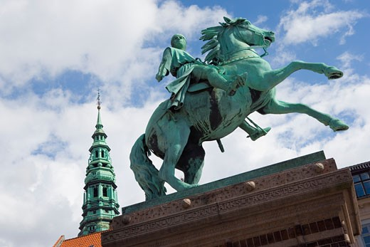 Hojbro Plads, Copenhagen, Denmark; Equestrian statue of Bishop Absalon : Stock Photo