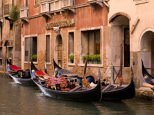 Stock Photo: 1889-40664 Gondolas in front of hotel; Venice, Italy