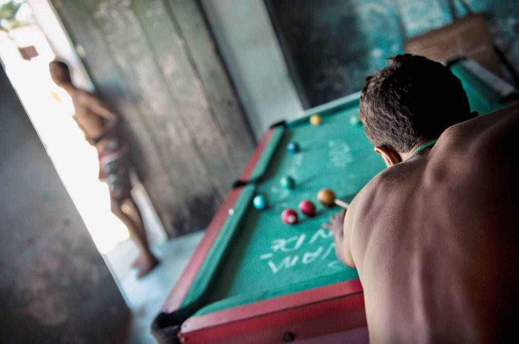 Stock Photo: 1889-45139 Playing billiards, Bahia, Brazil