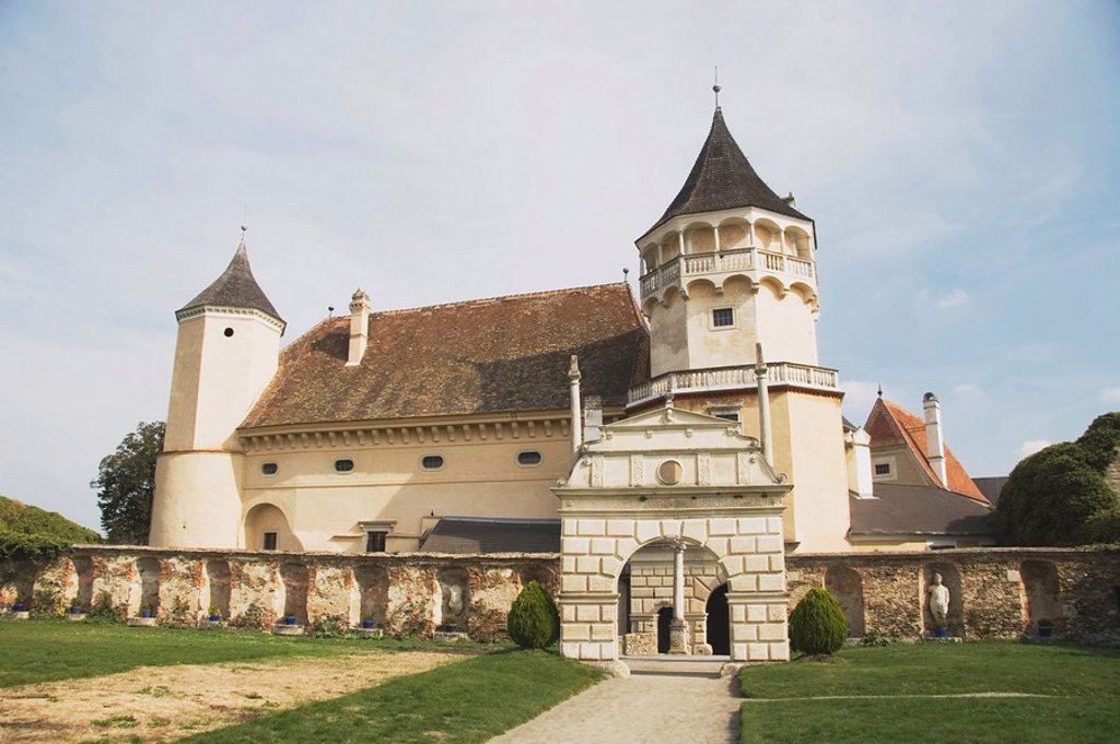 rosenburg castle, horn, austria : Stock Photo