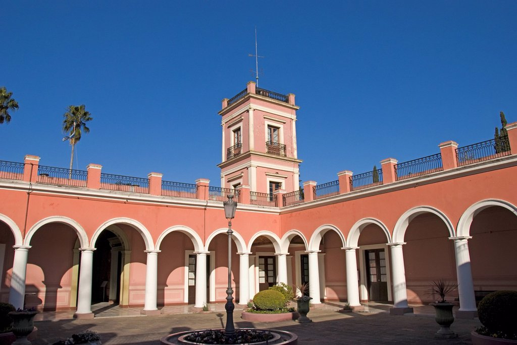 courtyard of the palacio san jose, concepcion del uruguay, entre rios, argentina : Stock Photo