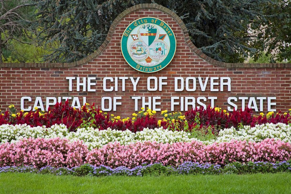 City welcome sign, Dover, Delaware, USA : Stock Photo