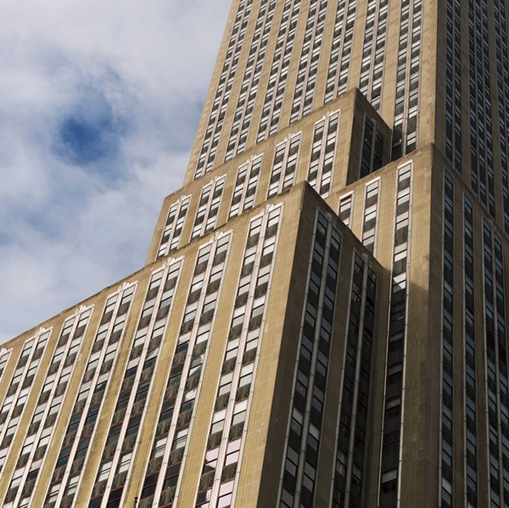 Exterior of Empire State Building, Manhattan, New York, USA : Stock Photo