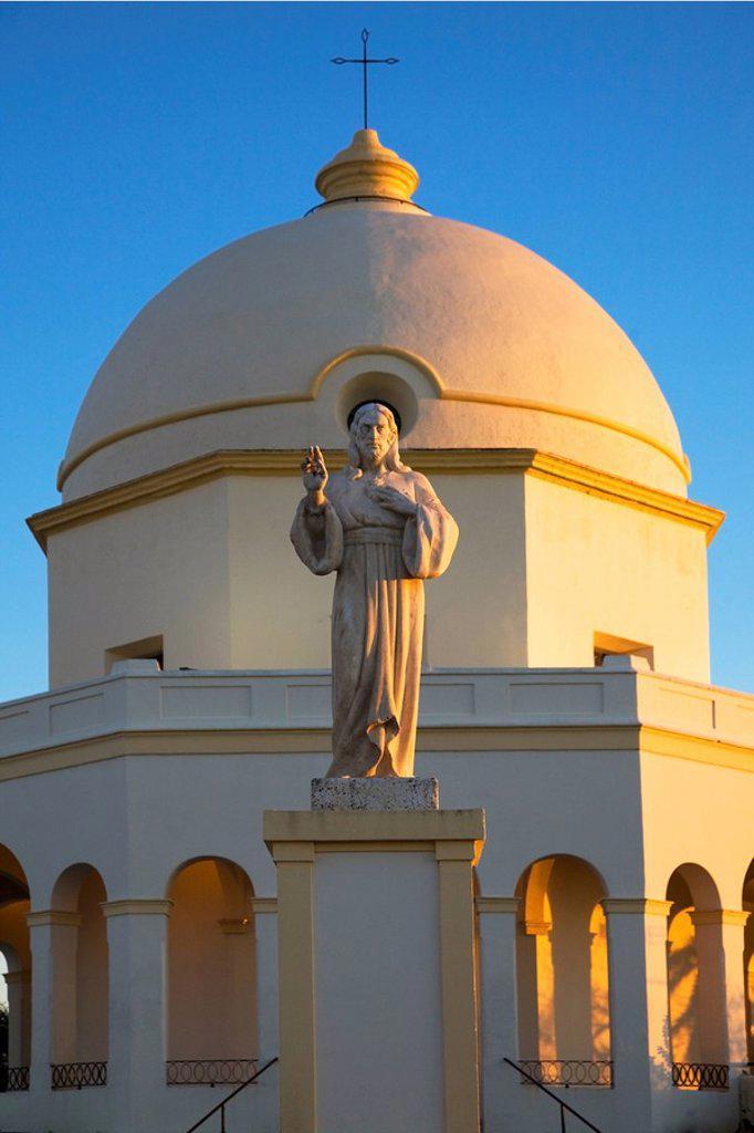 Chiclana De La Frontera, Andalusia, Spain, A Statue Of Jesus In Front Of A Church Building : Stock Photo