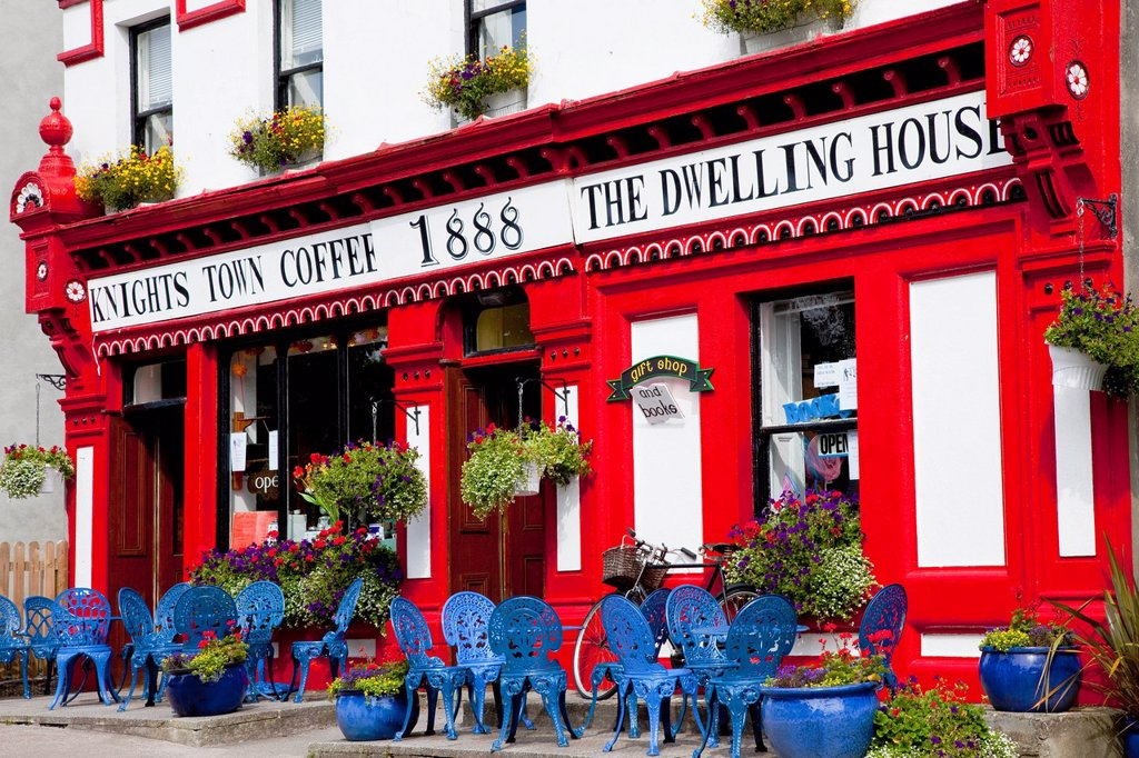 exterior of colorful coffee shop, knightstown, county kerry, ireland : Stock Photo