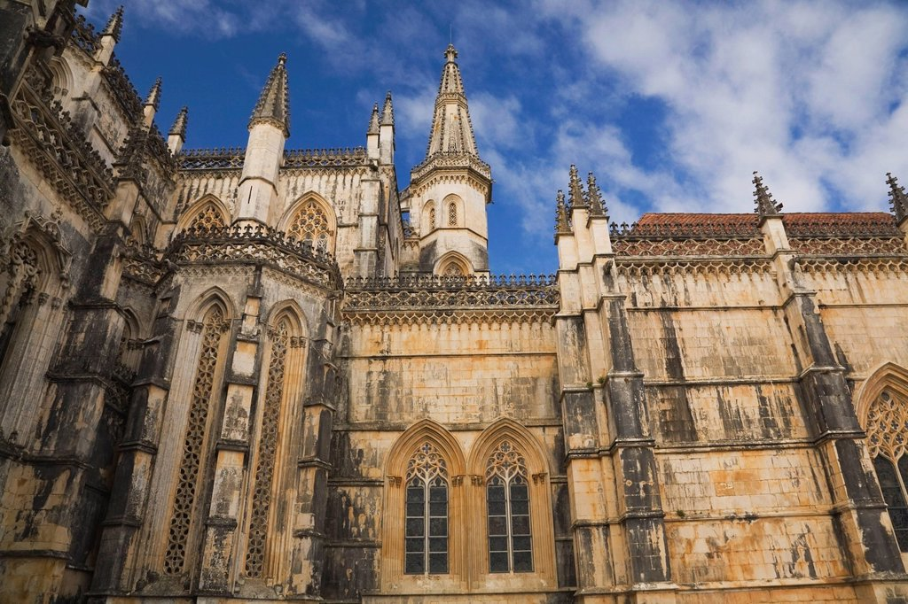 architectural details of the santa maria da vitoria monastery, batalha, portugal : Stock Photo