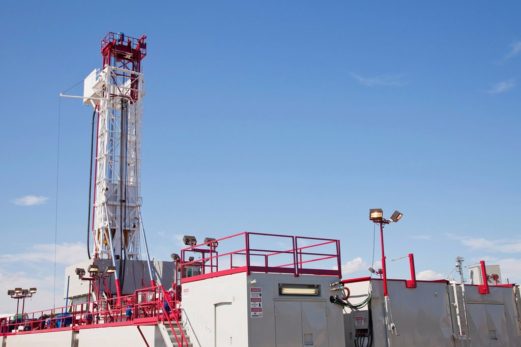 service rig for the oilfield industry, edmonton, alberta, canada : Stock Photo