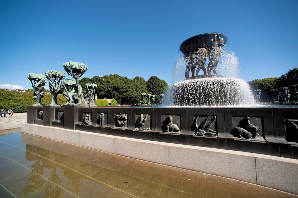 The Fountain In Frogner Park Vigeland Sculpture Park, Oslo Norway : Stock Photo