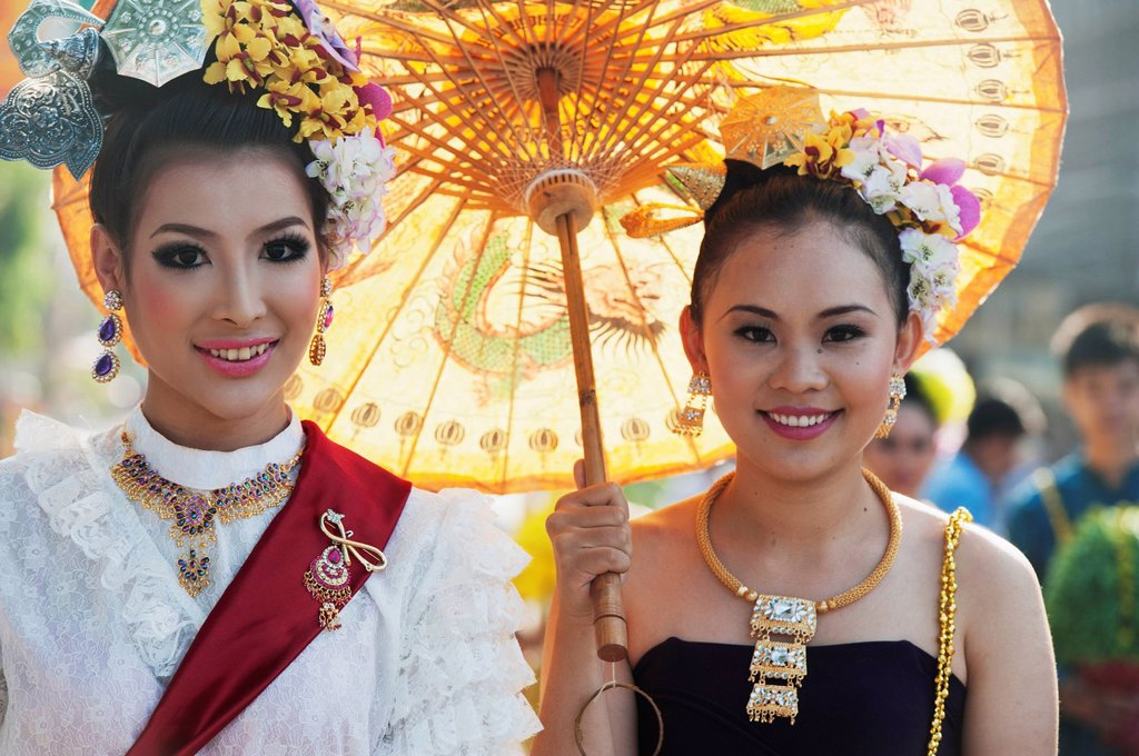 Young Women Dressed For The Chiang Mai Flower Festival Parade, Chiang Mai Thailand : Stock Photo