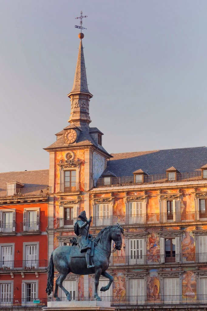 Stock Photo: 1889-76551 Equestrian Statue Of King Felipe Iii, Madrid Spain