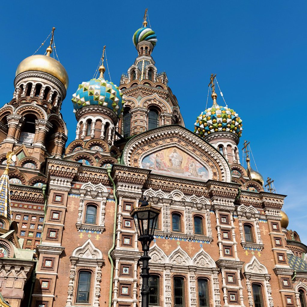Stock Photo: 1889-76699 Church of the savior on spilled blood, st. petersburg russia