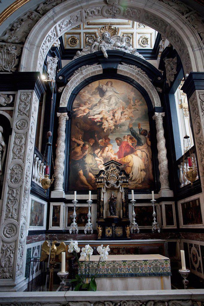altar of antwerp cathedral, antwerp flanders belgium : Stock Photo