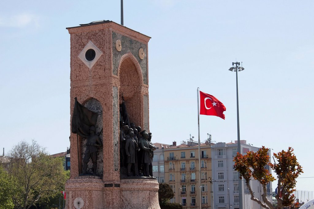 independance monument commemorating kemal ataturk in taksim square, istanbulturkey : Stock Photo