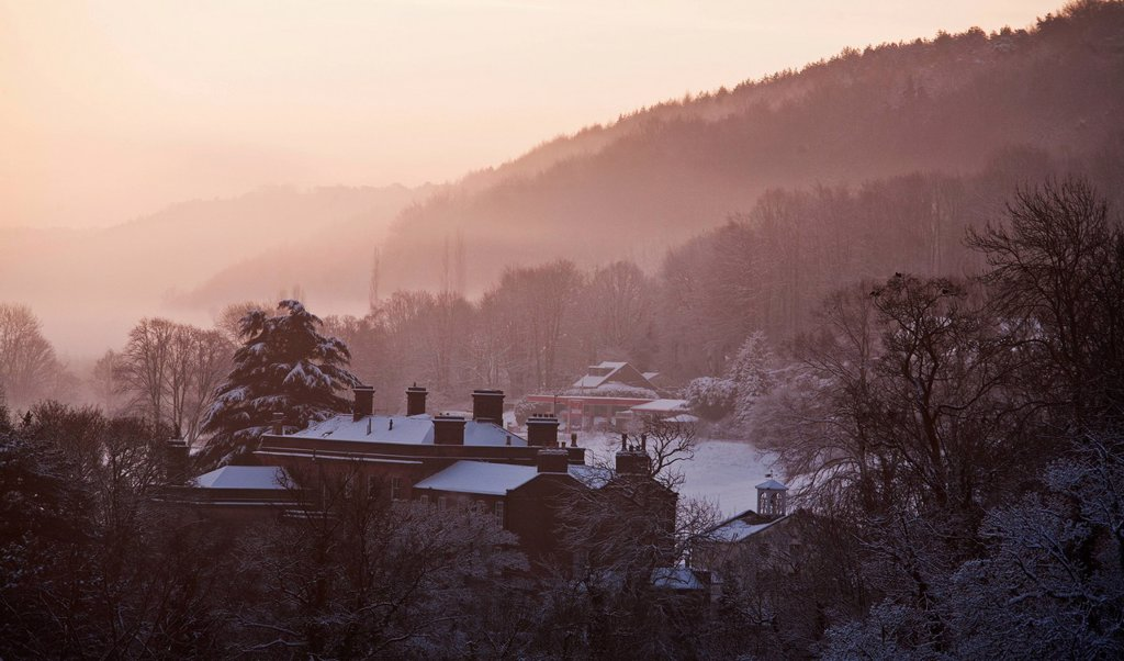 Stock Photo: 1889-82610 Fog over the hills in winter, cromford, derbyshire, england