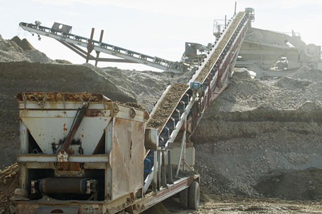 Gravel crusher and separator : Stock Photo