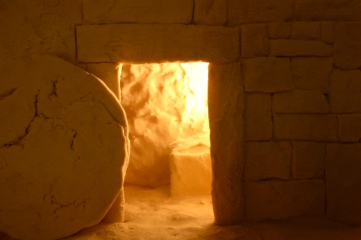 Stock Photo: 1889R-10979 Empty tomb