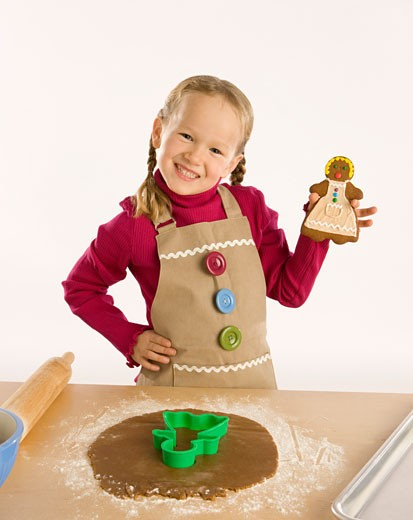 Stock Photo: 1889R-14787 Child baking
